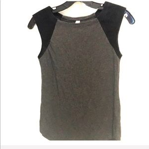 Bailey 44 Tank with Leather